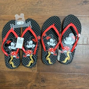 Minnie Mouse flip flops (2 pairs)
